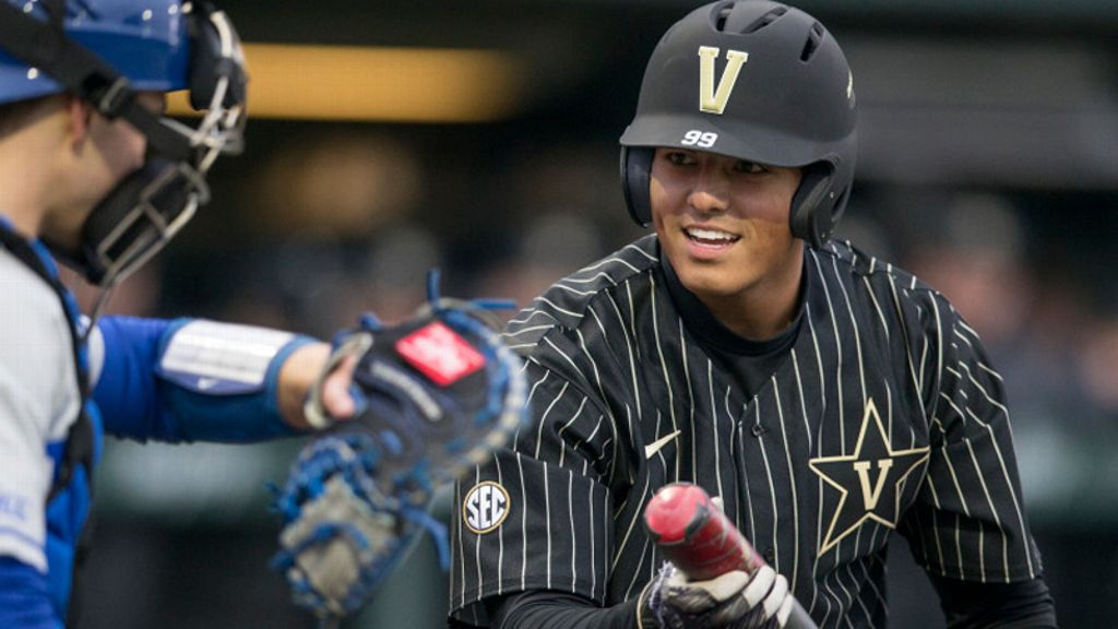 Commodores come up short against Dirtbags