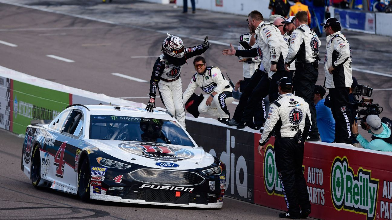 NASCAR - 2018 Kevin Harvick wins Phoenix ISM Raceway third straight Cup series race sends a ...