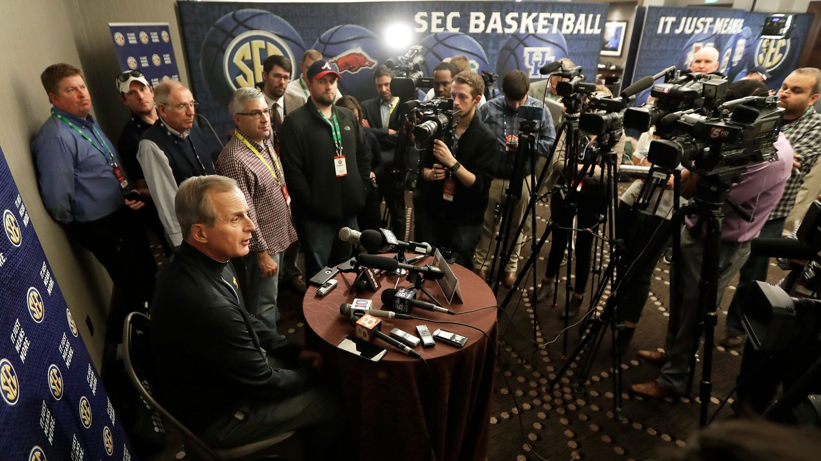 SEC Network to air live from SEC Basketball Media Days