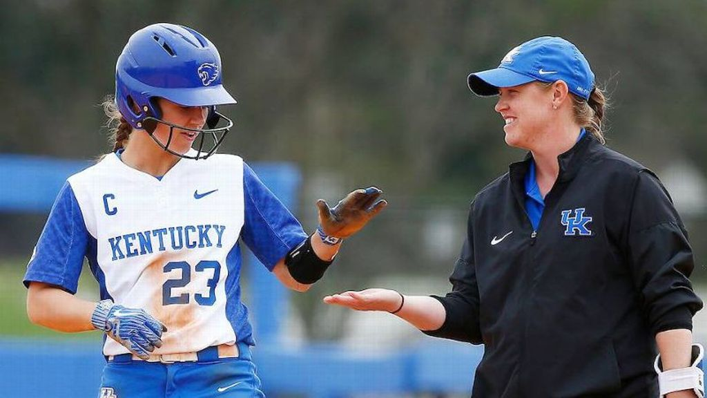 No. 15 Kentucky dominates at the plate
