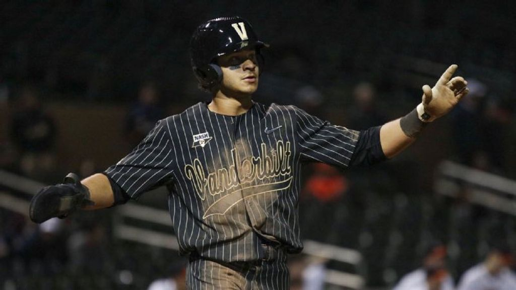 No. 2 Vandy outlasts UVA in slugfest
