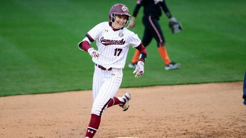 No. 14 South Carolina dominates at the plate