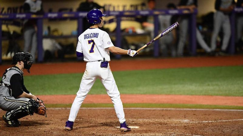 No. 1 LSU moves to 5-0