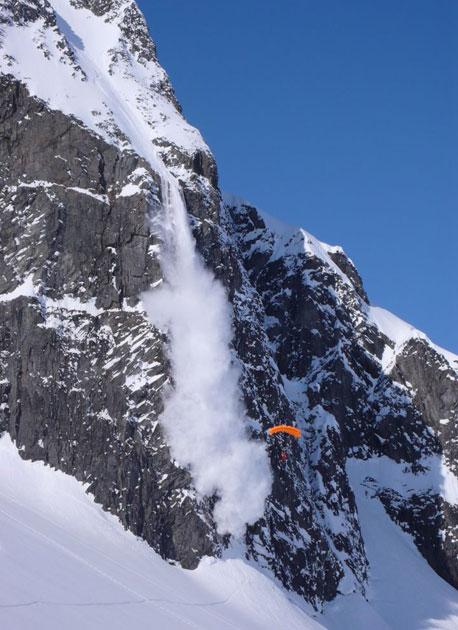 Erik Roner, ski-BASE, Haines '09.