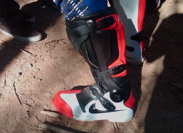 nike mx boot exclusive