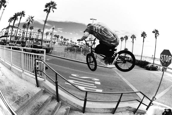 Dan Lacey with a big 180 gap in Huntington Beach, Calif.