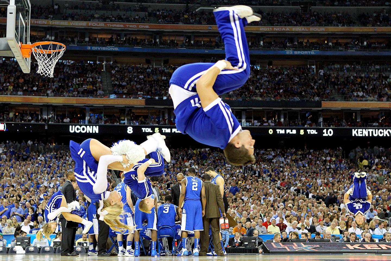 Kentucky cheerleaders