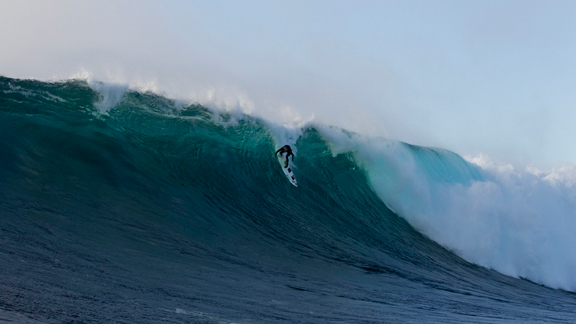 Dorian doing what he does best, rushing a huge wave.