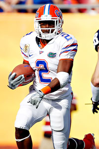 Demps was the top rusher last season for the Gators, carrying 92 times for 551 yards and three touchdowns.