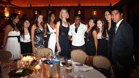 Kathryn Olson poses with members of the New York Junior Tennis League at the 2010 Women's Sports Foundation Annual Salute to Women in Sports gala.