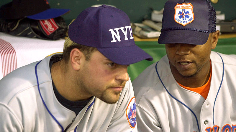 Sept. 17, 2001: Mike Piazza and Desi Relaford