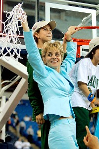 Mulkey took over at Baylor for the 2000-01 season. In 2005, the Lady Bears were national champions.