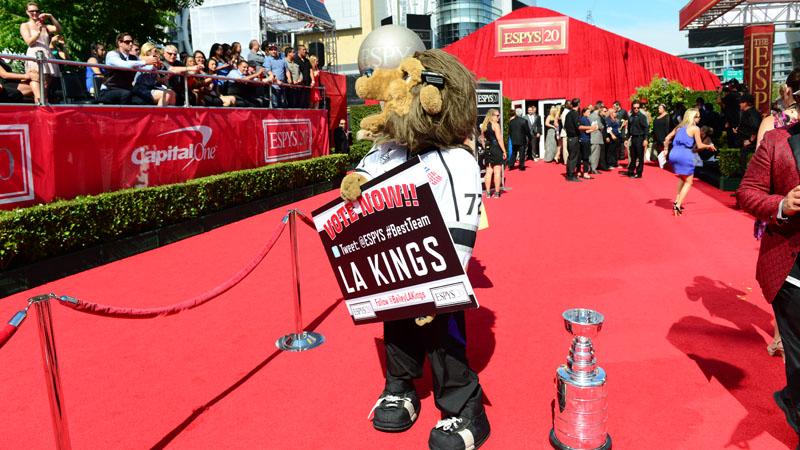 LA Kings Mascot