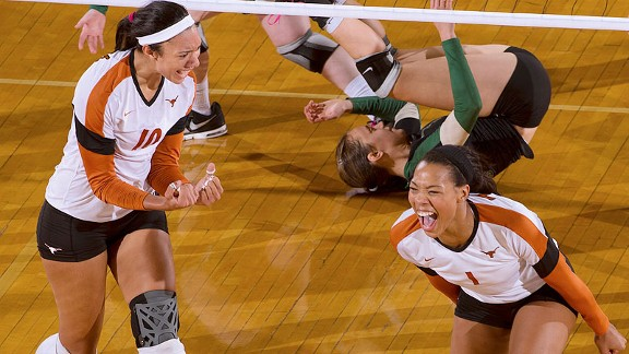 Sophomores Haley Eckerman, left, and Khat Bell have led Texas to a 21-3 record.