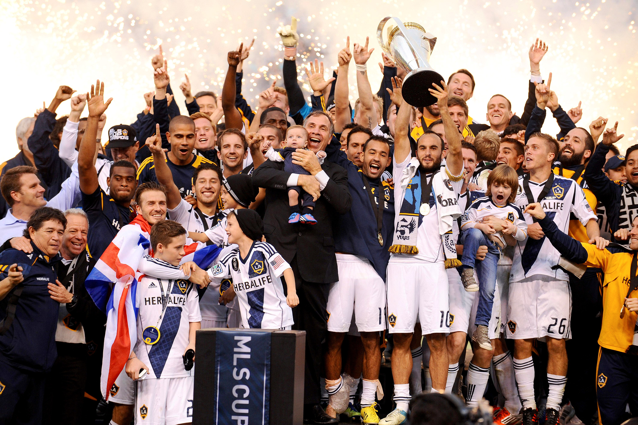 LA Galaxy celebrates