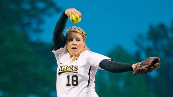 Chelsea Thomas and Missouri were eliminated at home by LSU in a super regional last season, and now share a conference with the Tigers.