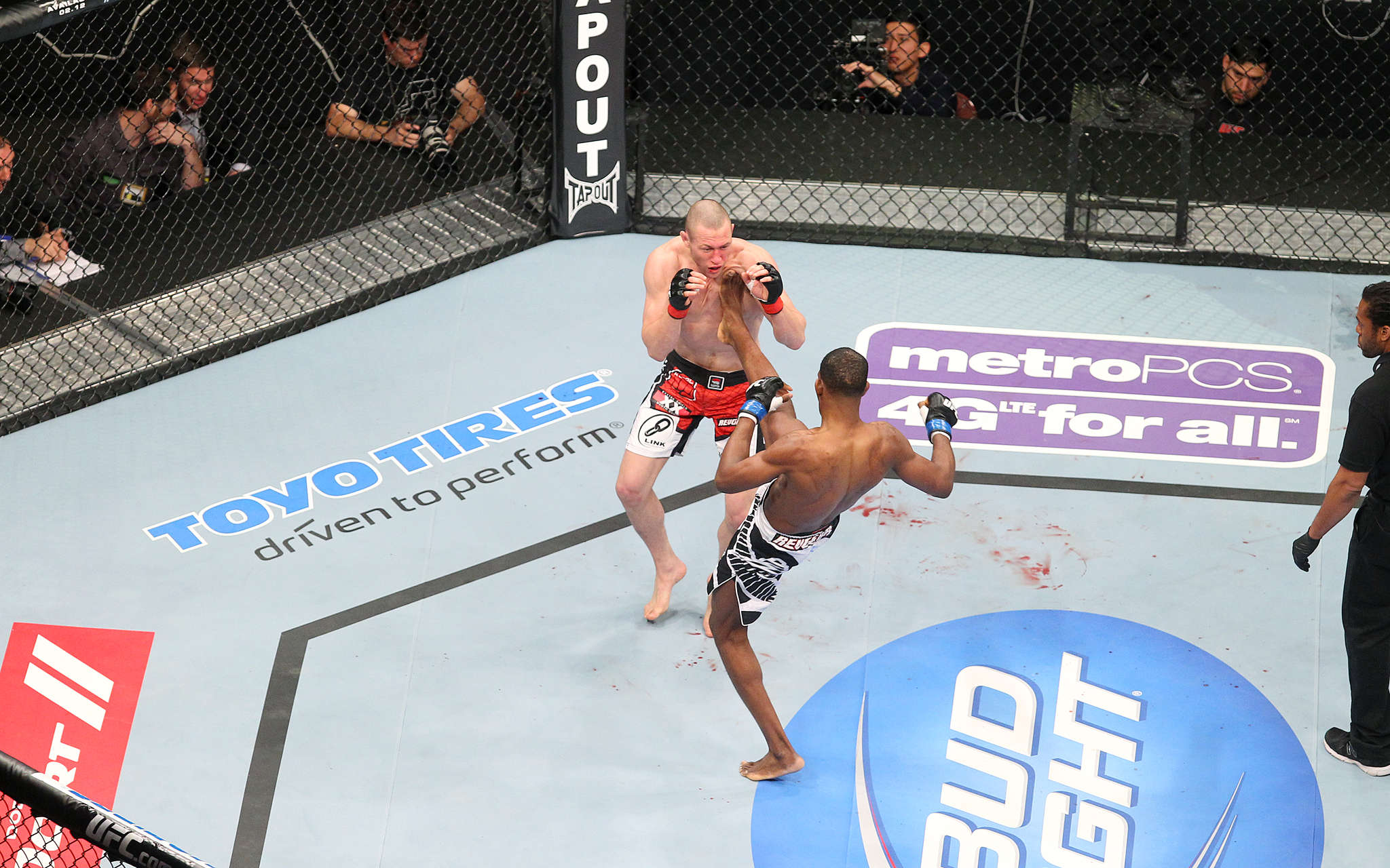 Jon Manley and Neil Magny