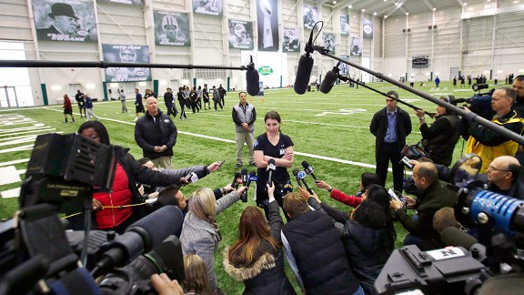 Lauren Silberman attracted quite a crowd at an NFL tryout, but showed she wasn't worthy of the attention.