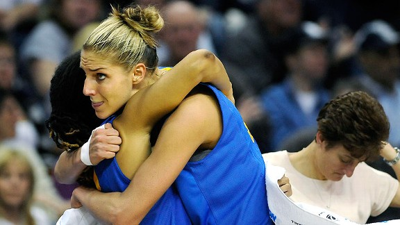 Elena Delle Donne played her last game for Delaware in an NCAA regional in Connecticut, and she couldn't help but think about her decision to transfer as a freshman.