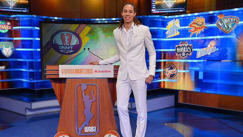 The Connecticut Sun won the right to determine who will follow up Brittney Griner as the No. 1 pick in the 2014 WNBA Draft.