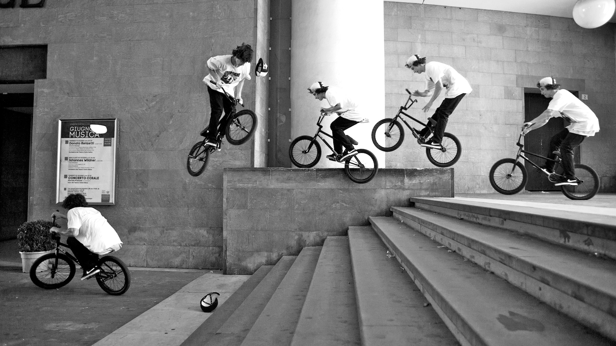 Simone Barraco, barspin to feeble to hard 360.
