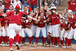 Keilani Ricketts (10) drove in all of Oklahoma's runs on Tuesday, including three on a home run in the third inning.