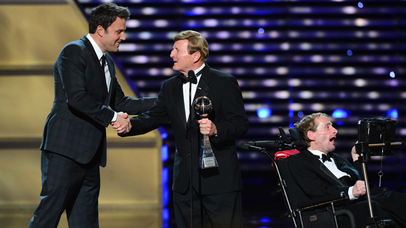Ben Affleck, Rich and Dick Hoyt at The 2013 ESPYS.