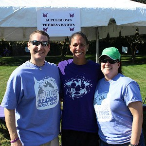 Shannon Boxx with Dave and Theresa Juday at the Walk to End Lupus Now fundraising event outside Chicago.
