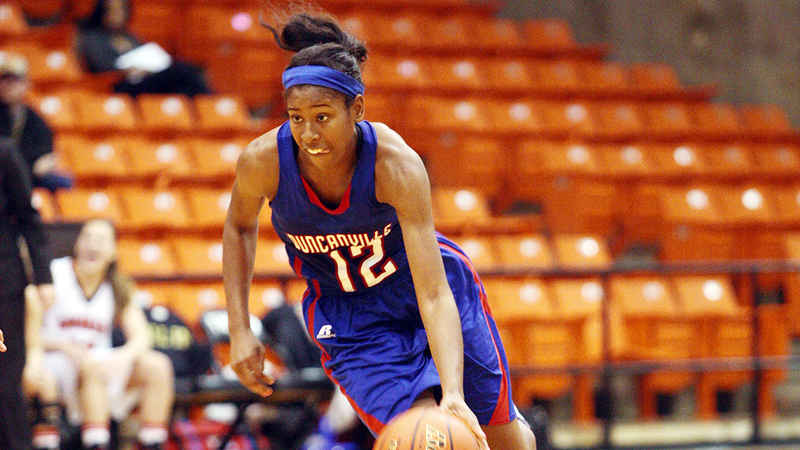 Ariel Atkins averaged 16.1 points, 5.9 rebounds, 4.6 assists and 5.7 steals as a junior at Duncanville.