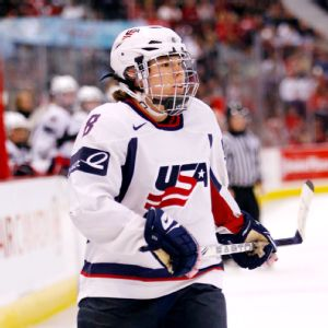 Caitlin Cahow helped lead the U.S. women's team to a worlds gold in 2011 and played in two Olympics (2006 and 2010).