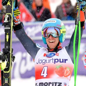 Ted Ligety of the United States overcame poor visibility to win Sunday's giant slalom by 1.51 seconds.