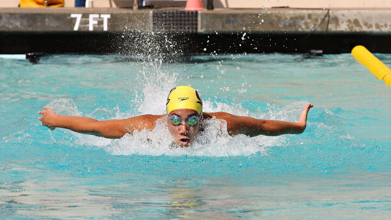 Cal freshman Farida Osman was the lone female swimmer from Egypt at the London Olympics. She finished 41st in the 50-meter freestyle. She has qualified for the NCAA championships in the 50- and 100-yard freestyle as well as the 100-yard butterfly.