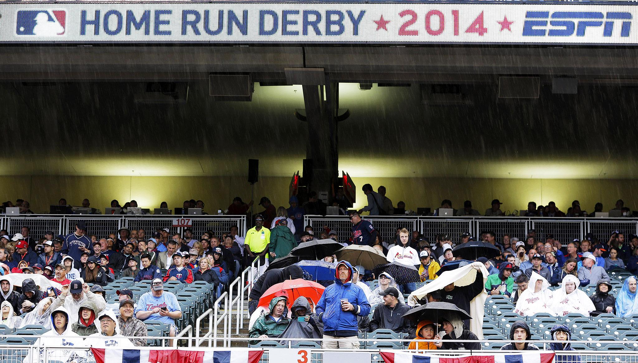 Fans in rain