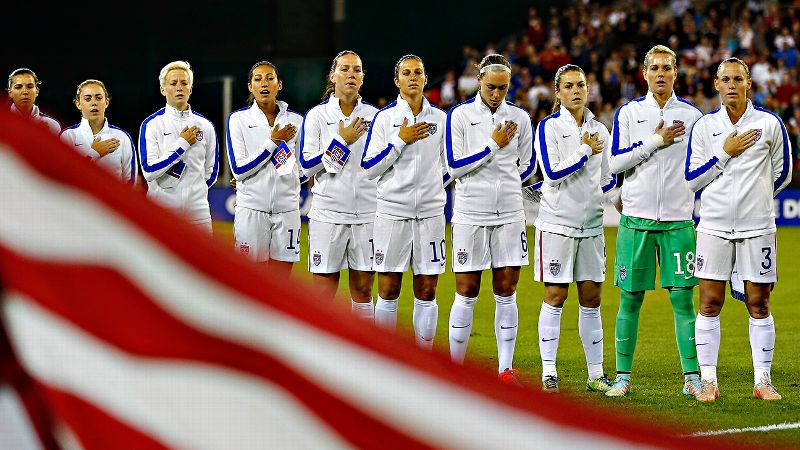 It was a long wait for Ashlyn Harris (in green), who finally joined the U.S. starting lineup in international competition.