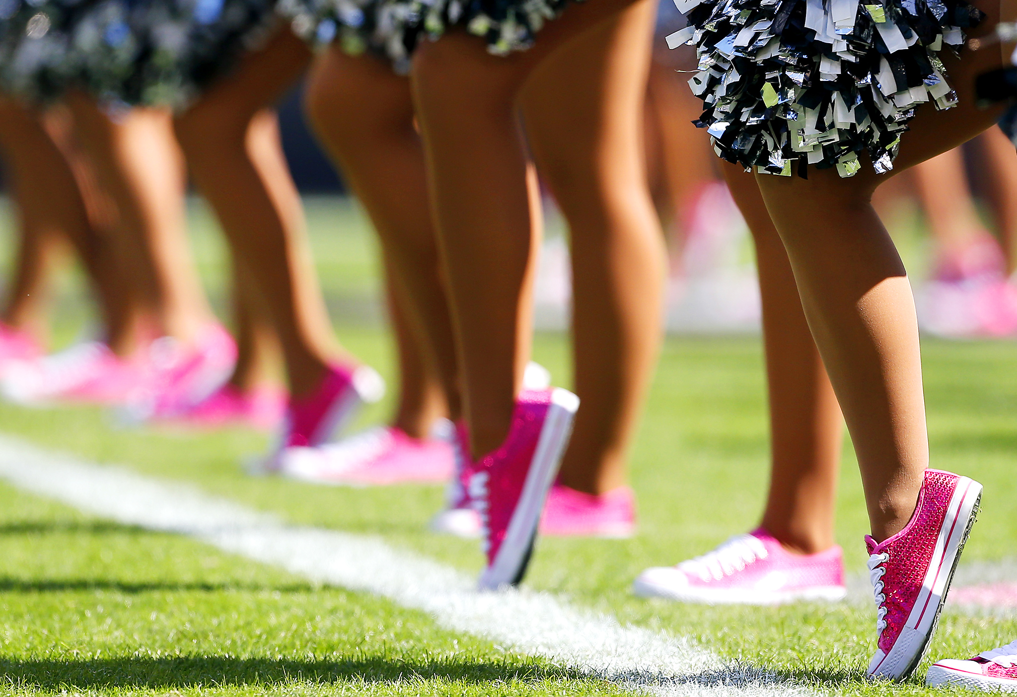 Philadelphia Eagles Cheerleaders Nfl A Crucial Catch