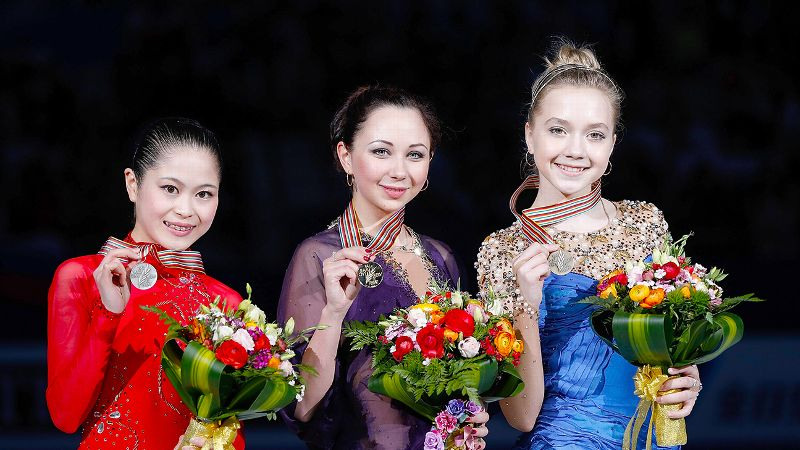 Satoko Miyahara, Elizaveta Tuktamysheva & Elena Radionova