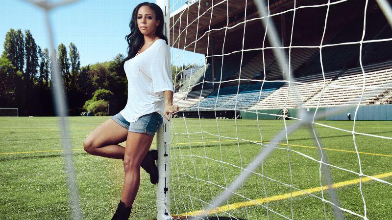 Sydney Leroux, soccer, ESPNW, FIFA, Seattle, Reign
