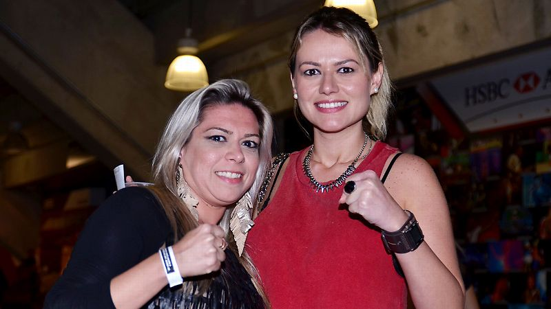 Rousey/Correia fans