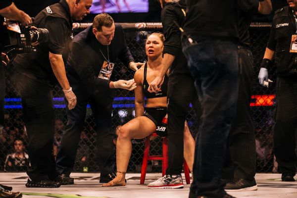 Trainer Edmond Tarverdyan believes Ronda Rousey's head wasn't straight after Holly Holm landed an early left hand in her upset win at UFC 193.
