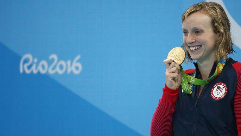 Ledecky holds gold