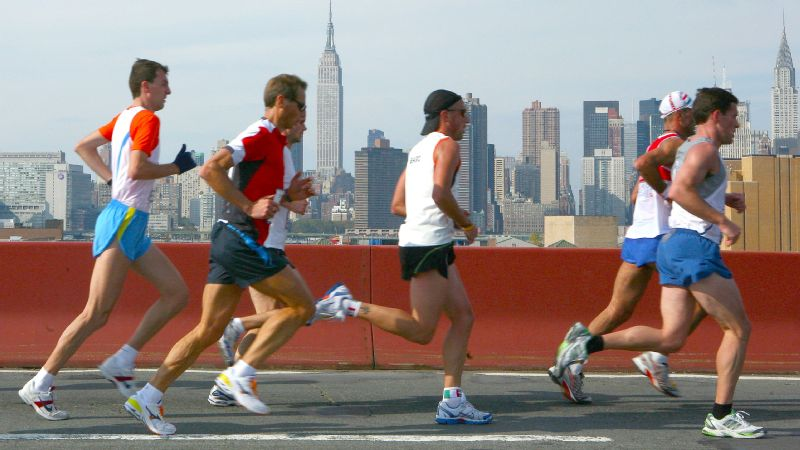 The New York City Marathon course starts in Staten Island and winds its way through all five of the city's boroughs.
