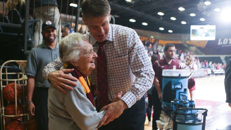 Porter Moser, head coach of the Loyola men's basketball team, right, says he received a detailed evaluation of every player on the roster from Sister Jean when he arrived in 2011.