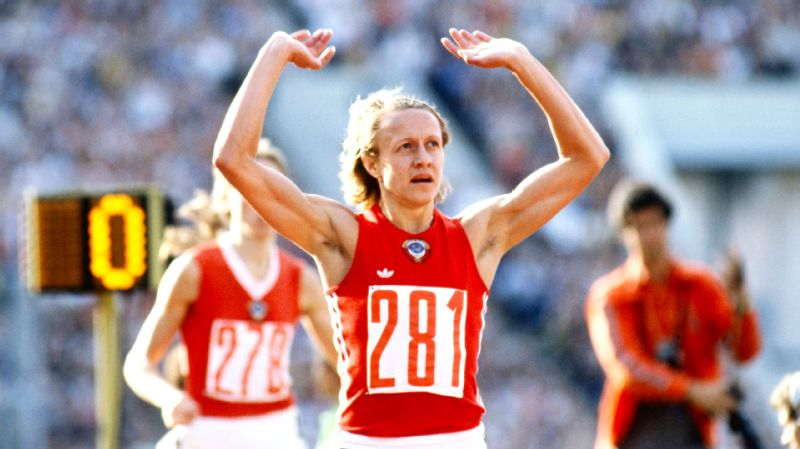 Nadiya Olizarenko, who died Saturday at 63, held the world record in the women's 800 meters between 1980-83.