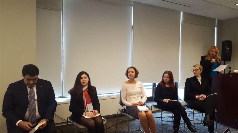 Panelists Ravi Karkara, Carrie Goldman, Bettina Hausmann, Dr. Janina Scarlet, Jennifer K. Stuller and moderator Chase Masterson.