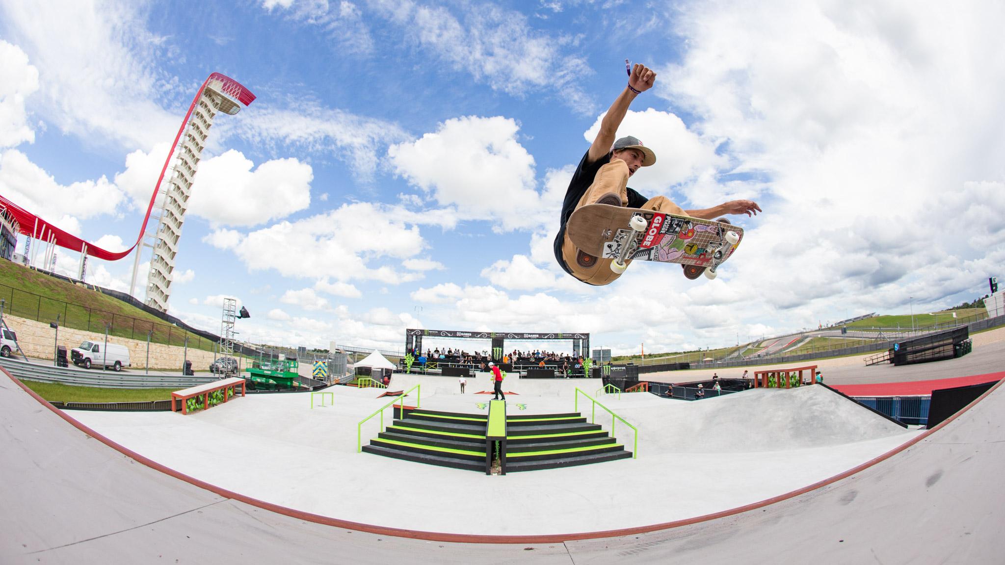 Ryan DeCenzo: Skateboard Street