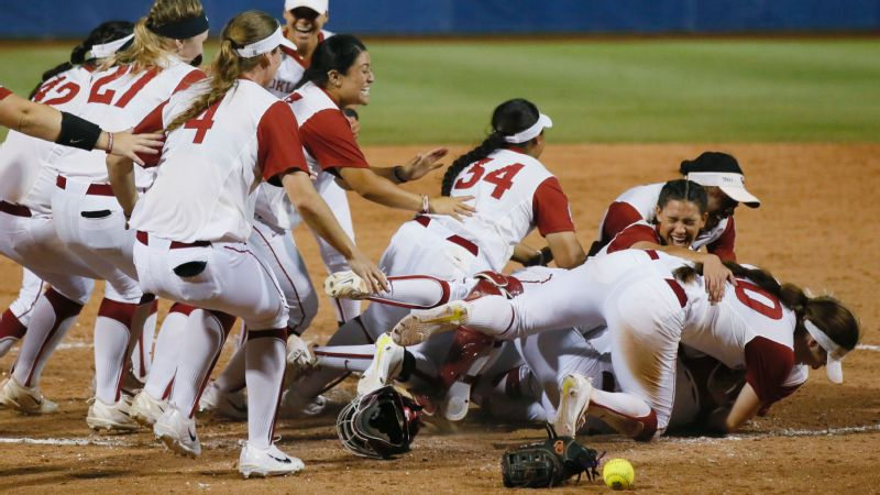 Oklahoma beats Oregon 4-2 to reach softball title series