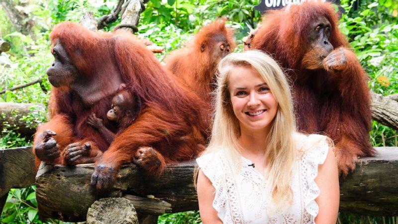 Elina Svitolina found some new friends at the Singapore Zoo.