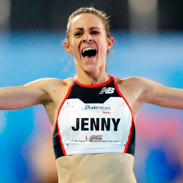 Jenny Simpson's 2-mile U.S. record of 9 minutes, 16.78 seconds bests the previous mark of 9:20.25.