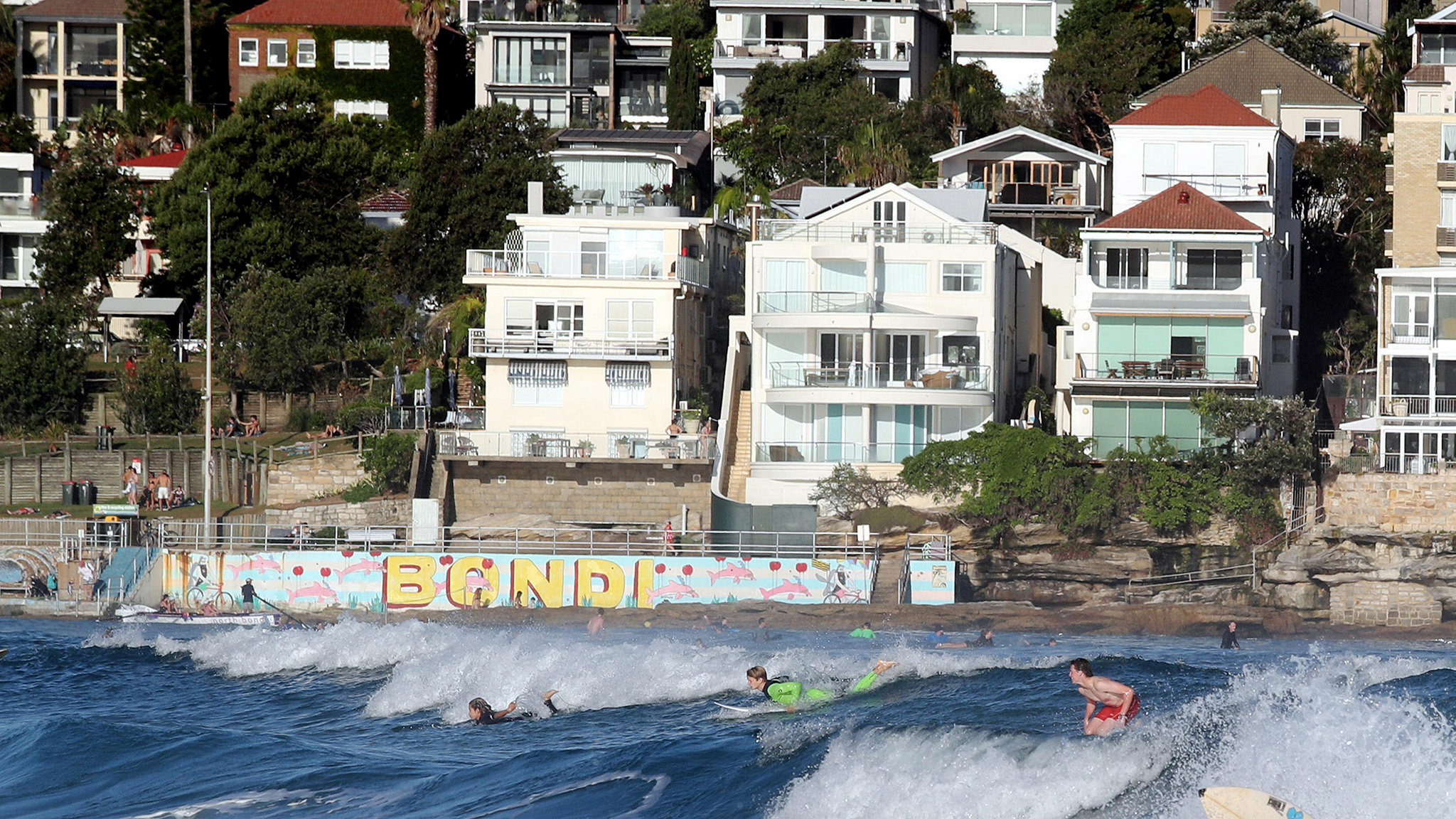Sydney surf
