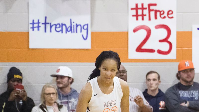 Maori Davenport returned to the court earlier this month and scored 25 points for Charles Henderson.